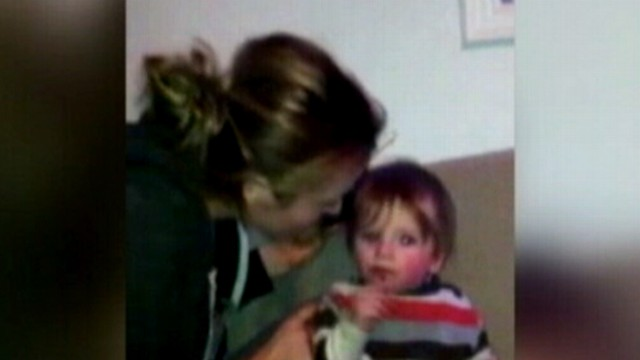 VIDEO: Alicia Silverstone posted a video of her feeding method for 11-month-old son Bear Blu.