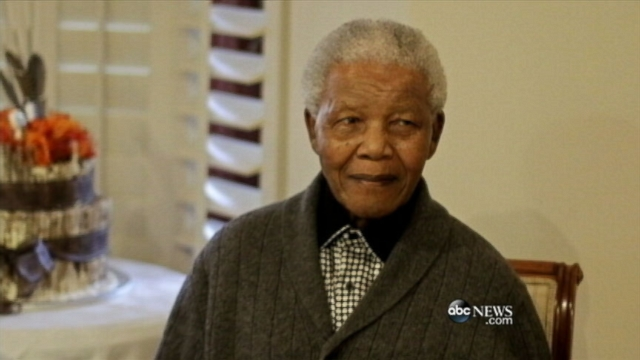 Video: South African Peace Leader Nelson Mandela Dead at Age 95