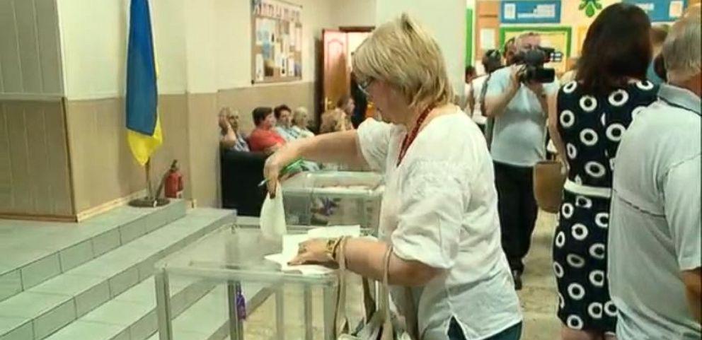 VIDEO: Madeline Albright Praises Ukraine Election as Good Beginning