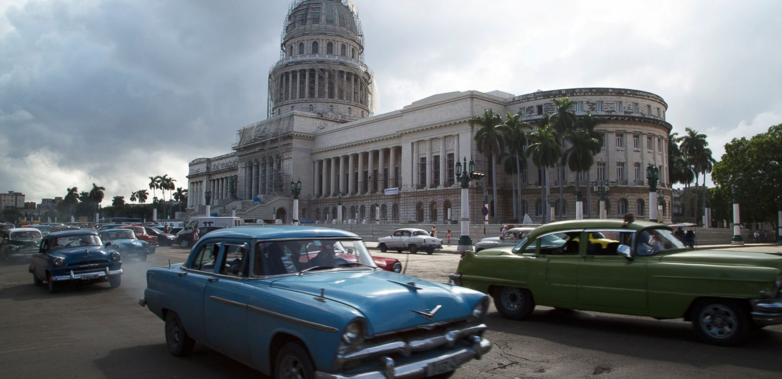 VIDEO: US-Cuba Relations: Stage Set for Historic Meeting Between Obama and Castro