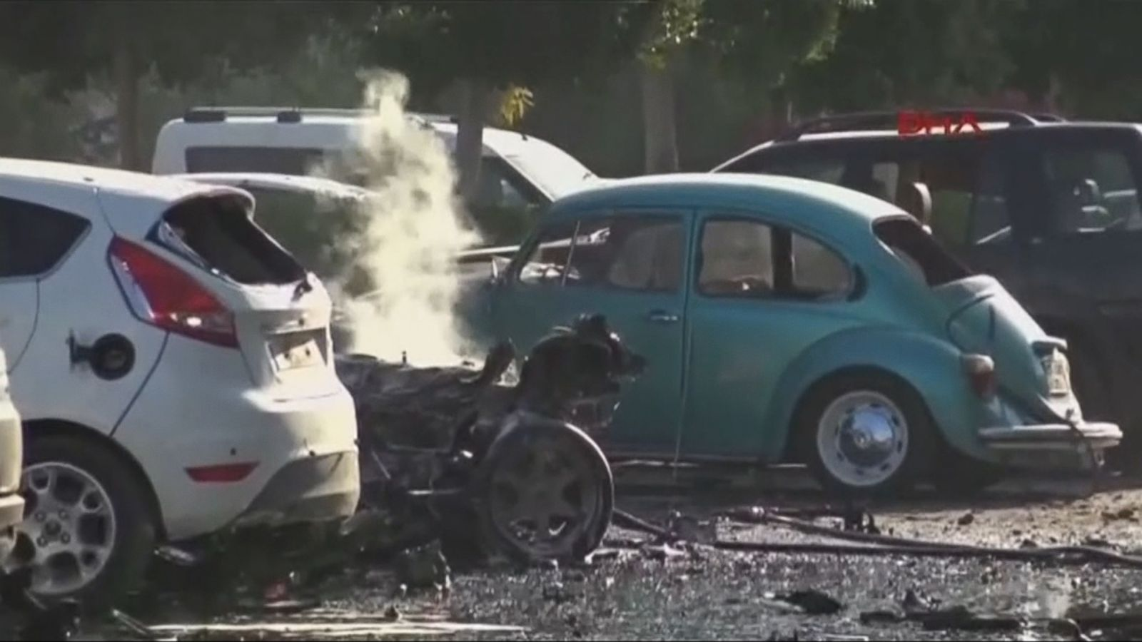 VIDEO: An explosion inside a car left in the parking lot of the local chamber of trade in the Mediterranean resort of Antalya on Tuesday slightly injured about a dozen people, an official said.