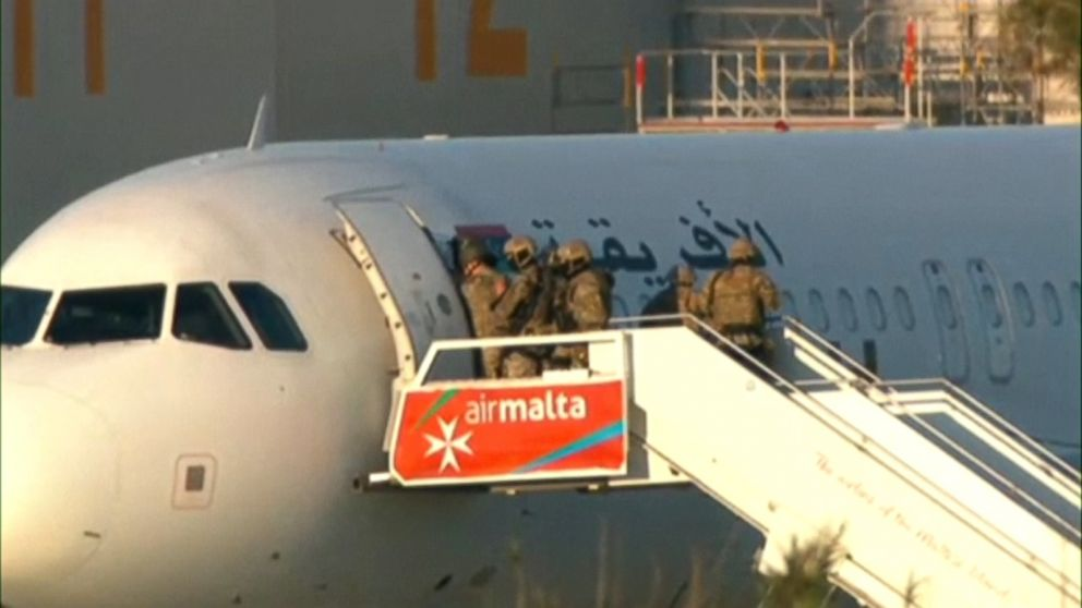 Hijackers of Libyan  Jet Surrender After Releasing Passengers and Crew