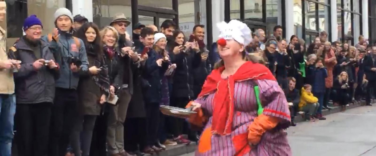 "VIDEO: Flapjack-flipping relay racers run through London on ""Pancake Day"""