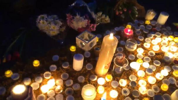 VIDEO: Vigil in Trafalgar Square after London attack