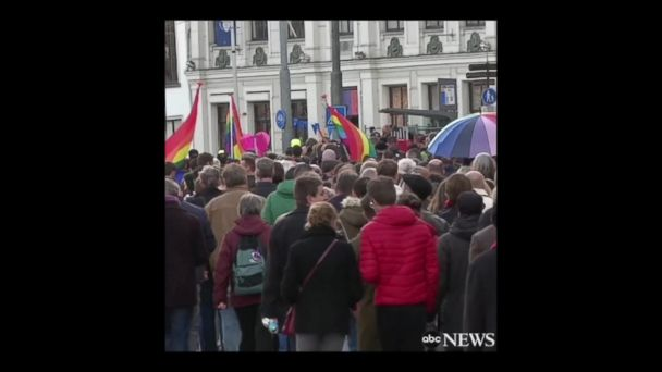 VIDEO: Hundreds march in Amsterdam to support beaten gay couple