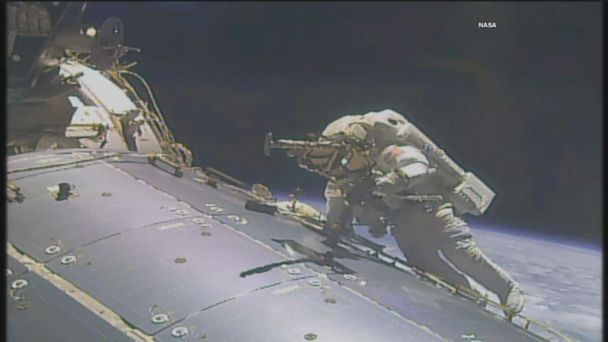 VIDEO: Astronauts perform 200th spacewalk at International Space Station
