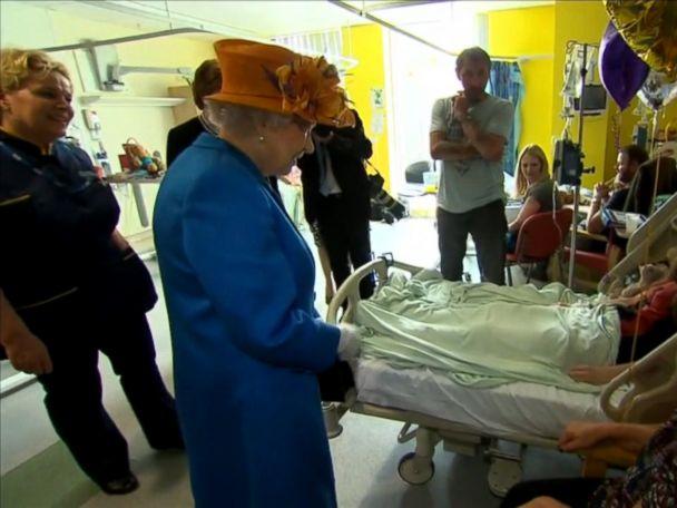 WATCH:  Queen Elizabeth visits Manchester Arena blast survivors