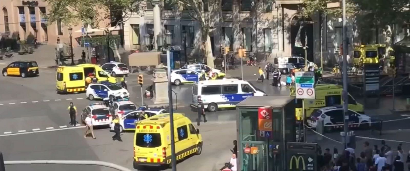 VIDEO: The incident unfolded on Catalunya Square in Barcelona's Las Ramblas district.