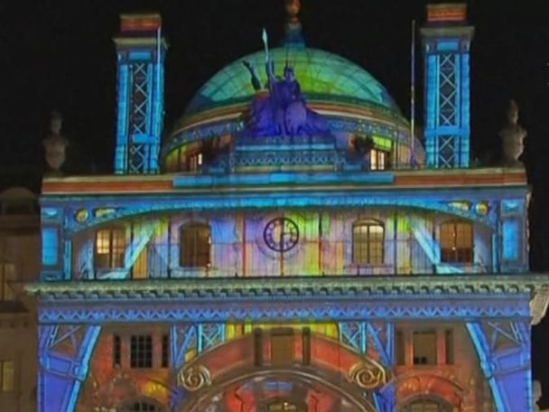 WATCH:  Streets of London illuminated by outdoor lights festival