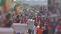 VIDEO: Anti-Trump protesters in Haiti temporarily close US Embassy