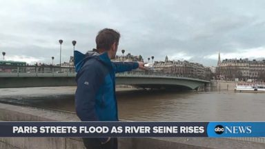 'VIDEO: Paris streets flood as the River Seine rises near the Eiffel Tower' from the web at 'http://a.abcnews.com/images/International/180124_vod_parisflood_16x9_384.jpg'