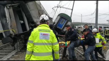 'VIDEO: A packed commuter train derailed during morning rush hour outside of Milan, Italy, killing1_b@b_1least four and injuring more than 100.' from the web at 'http://a.abcnews.com/images/International/180125_atm_train_accident_16x9_384.jpg'