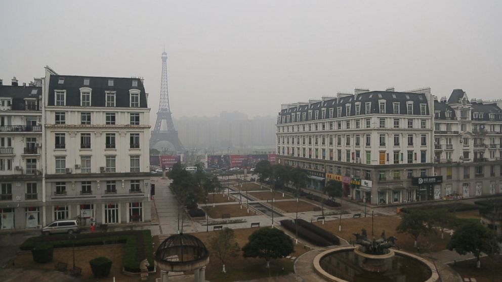 China s 39 fake 39 cities are eerie replicas of paris london - Little green paris ...