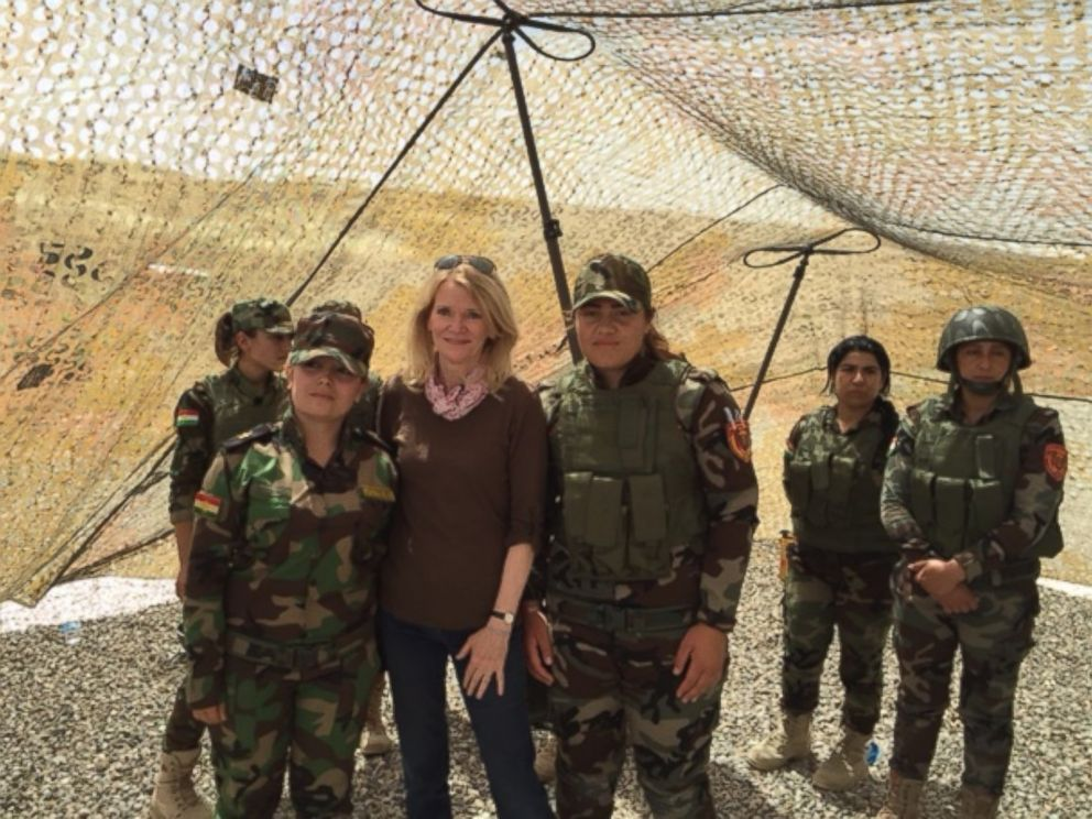 PHOTO: ABC News This Week co-anchor and Chief Global Affairs Correspondent, Martha Raddatz, with female members of the Kurdish peshmerga force in northern Iraq, May 16, 2016.