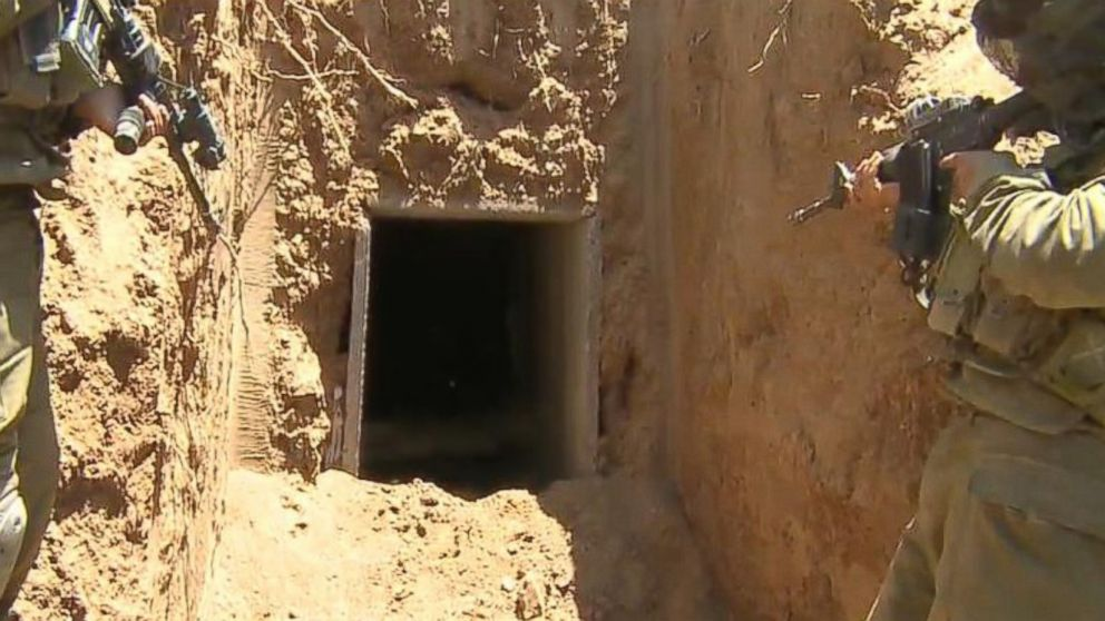 PHOTO: ABC News Terry Moran rides along with Israeli troops as they hunt and destroy tunnels used by Hamas.