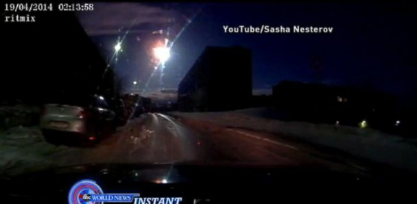 ABC russian meteor jt 140420 33x16 608 Car Dashcams Capture Possible Meteorite Above Russia