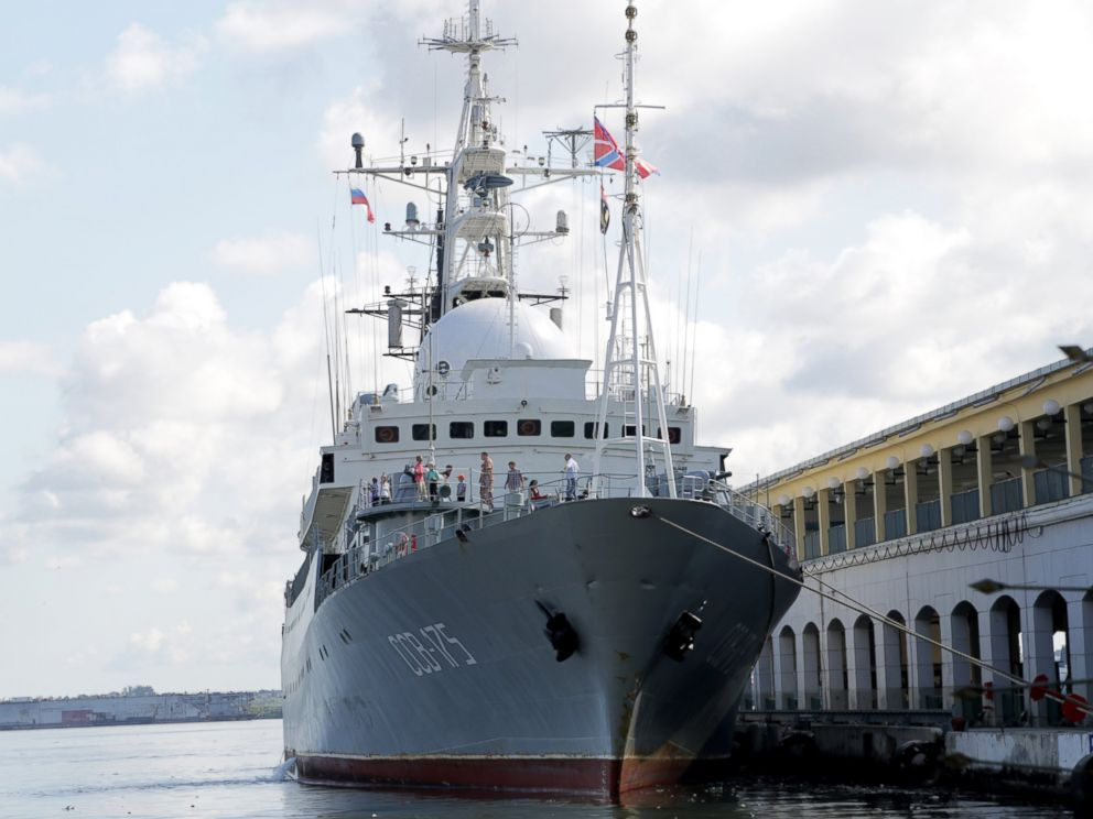 PHOTO: The Russian spy ship Viktor Leonov CCB-175 is parked at a Havana port as the US starts talks Cuba, Jan. 21, 2015.