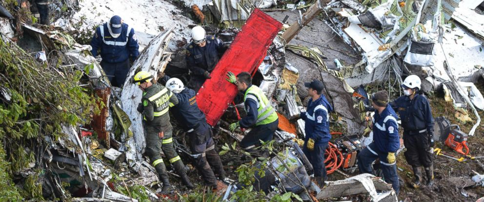 PHOTO: Rescue workers comb through the wreckage site of an airplane crash, in La Union, a mountainous area near Medellin, Colombia, Nov. 29, 2016.