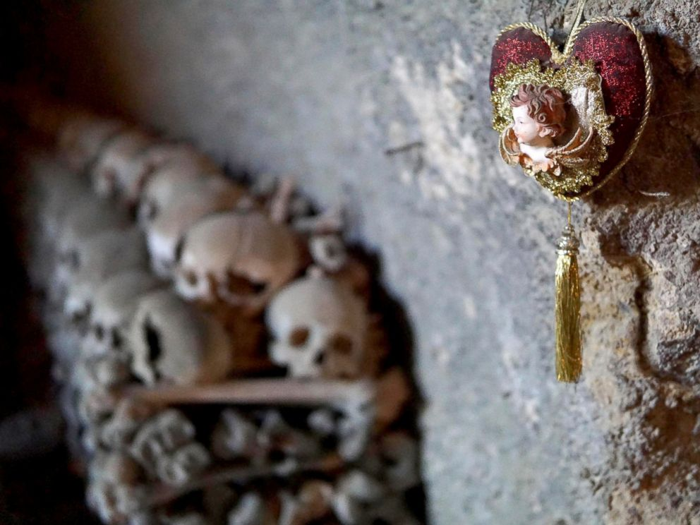 PHOTO: Skulls and bones are seen in the Fontanelle cemetery in Naples,Italy, Oct. 31, 2016.