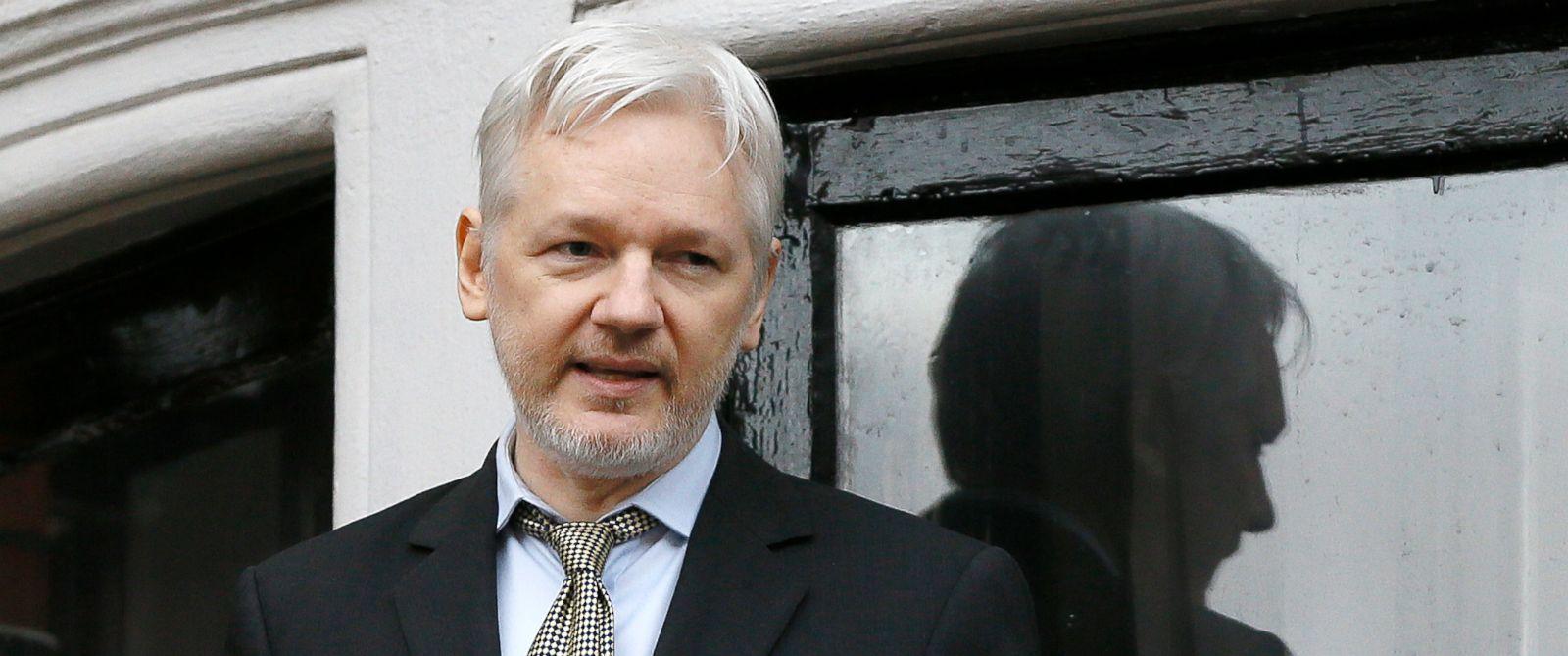 PHOTO: WikiLeaks founder Julian Assange speaks from the balcony of the Ecuadorean Embassy in London, Feb. 5, 2016.