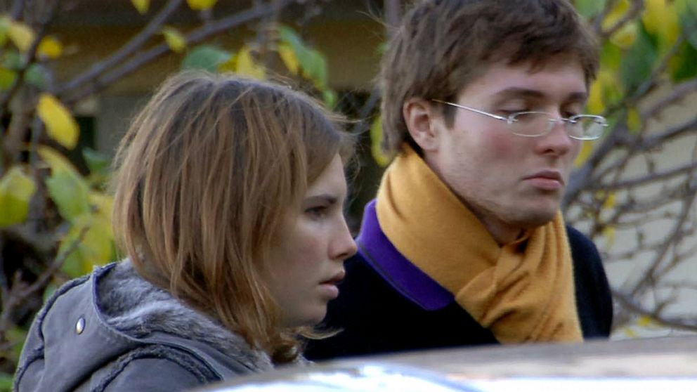 PHOTO: Amanda Knox & Raffaele Sollecito