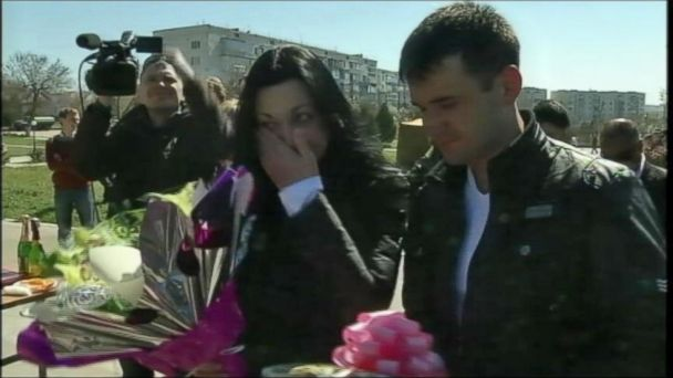 APTN crimean wedding 1 jt 140322 16x9 608 Ukrainian Soldiers Tie the Knot Just Before Crimean Airbase Stormed
