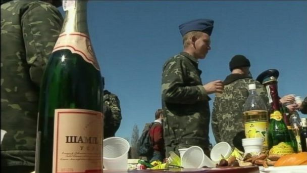 APTN crimean wedding 4 jt 140322 16x9 608 Ukrainian Soldiers Tie the Knot Just Before Crimean Airbase Stormed