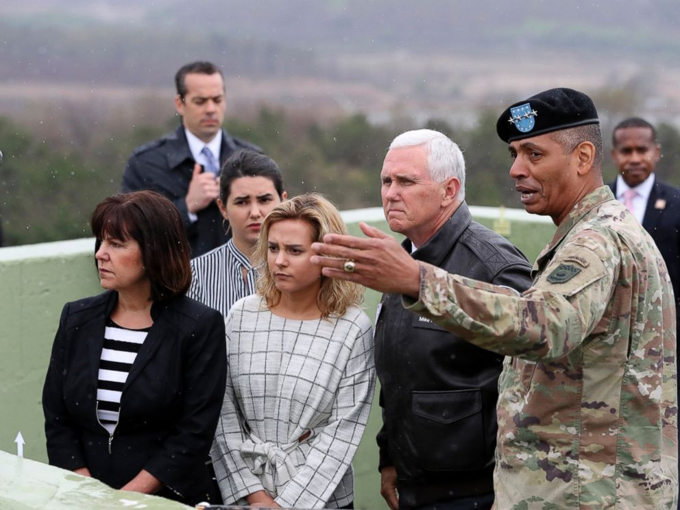 PHOTO: U.S. Vice President Mike Pence, center right, is briefed by U.S. Gen. Vincent Brooks, right, commander of the United Nations Command, U.S. Forces Korea and Combined Forces Command
