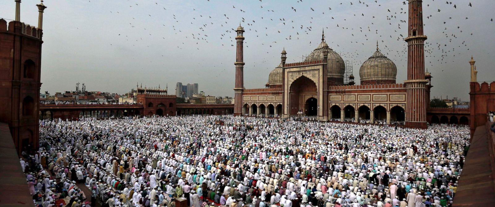 Muslim World Celebrates End of Ramadan With Eid al-Fitr - ABC News