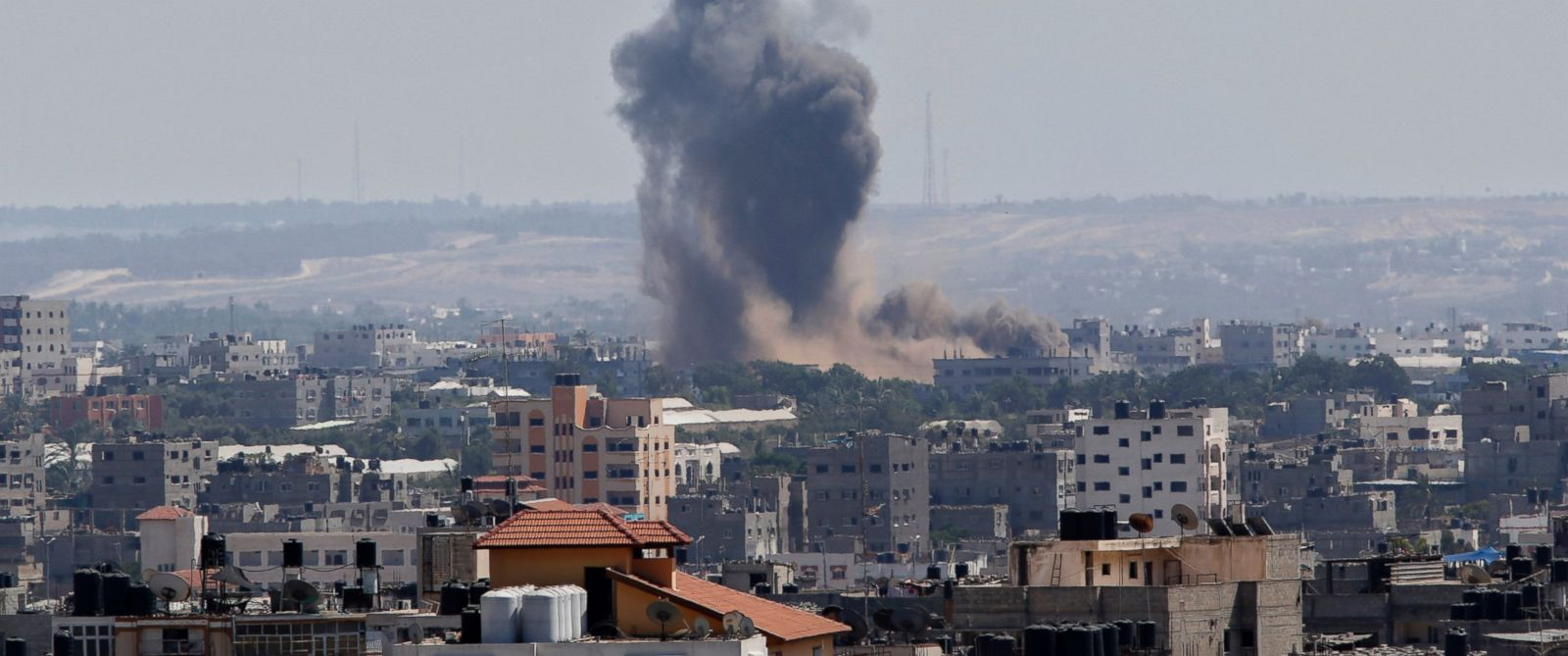 PHOTO: Smoke rises after an Israeli missile strike in Gaza City, July 15, 2014.