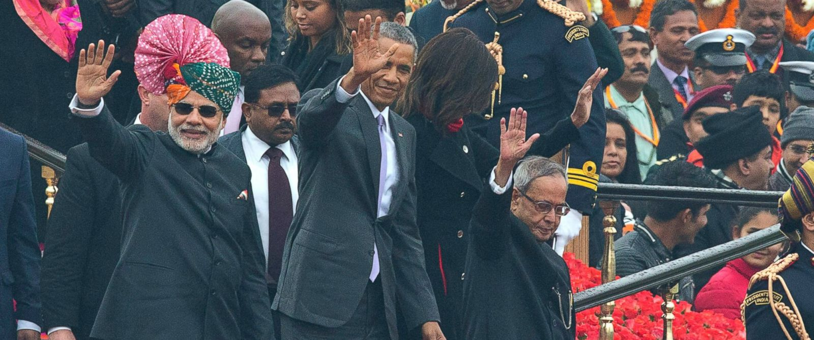 PHOTO: U.S. President Barack Obama, Indian Prime Minister Narendra Modi, left, and President Pranab Mukherjee wave to the crowd at the end of India?s annual Republic Day parade in New Delhi, India, Jan. 26, 2015.
