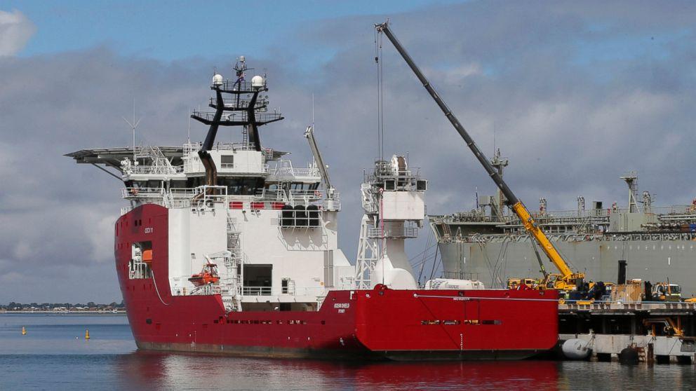 PHOTO: The Australian navy ship Ocean Shield lies