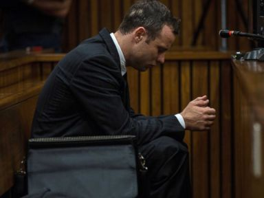 Oscar Pistorius Enraged When Cop Touched His Gun