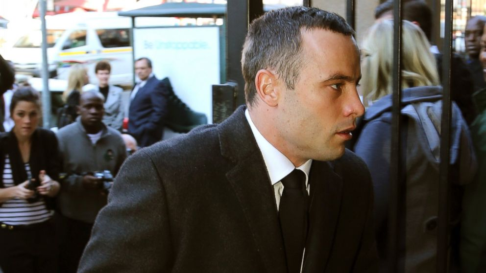 PHOTO: Oscar Pistorius arrives at the high court in Pretoria, South Africa, May 20, 2014.