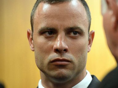 Pistorius' Girlfriend Was 'Scared Out of My Mind,' Text Claims