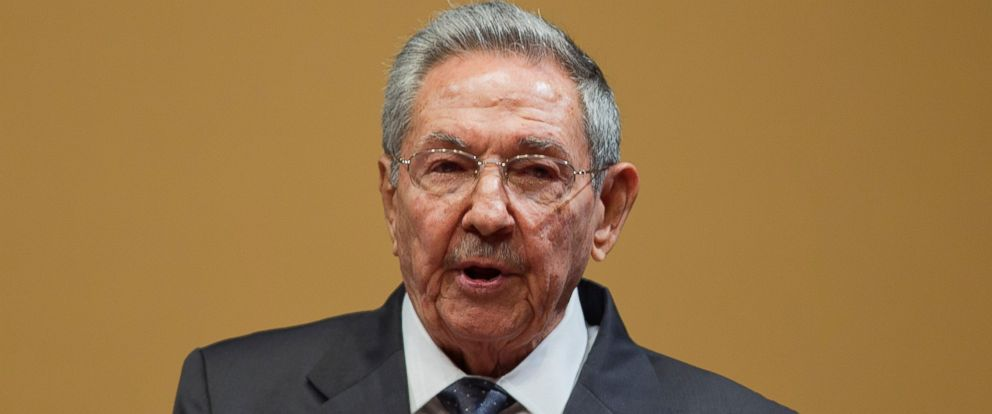 PHOTO: Cuban President Raul Castro speaks during a joint news conference with President Barack Obama at the Palace of the Revolution, March 21 2016, in Havana.