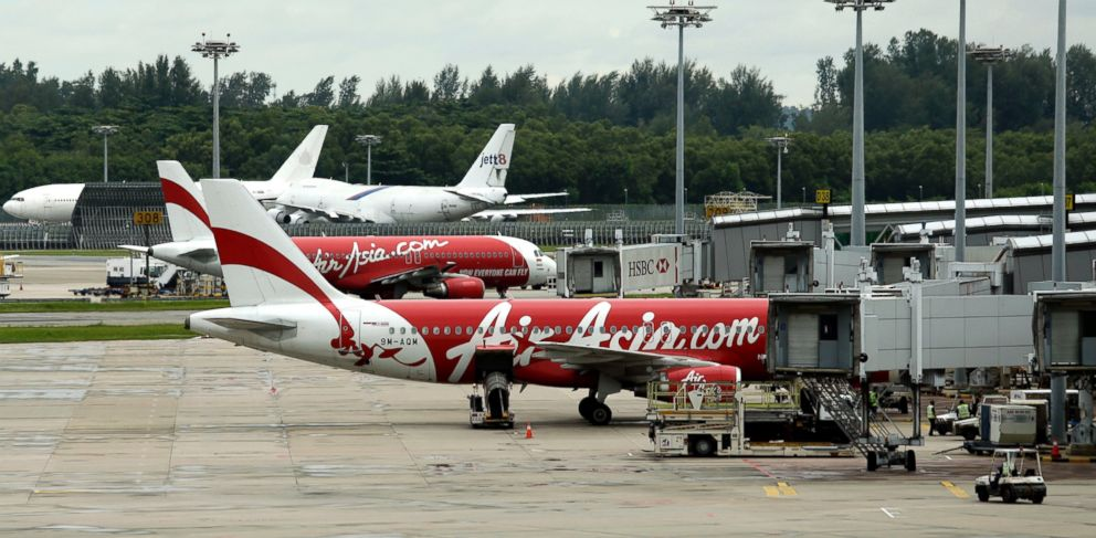 PHOTO: An AirAsia plane taxis on the tarmac at the Changi International Airport