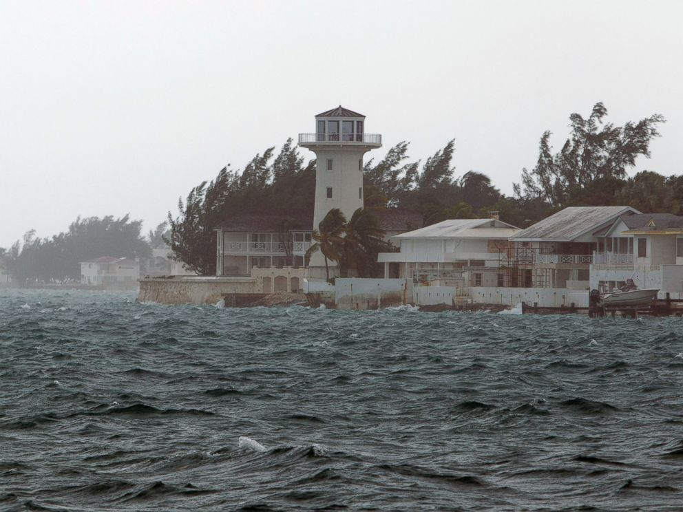PHOTO: Wind and rain from Hurricane Joaquin affect Nassau, Bahamas, Oct. 2, 2015.