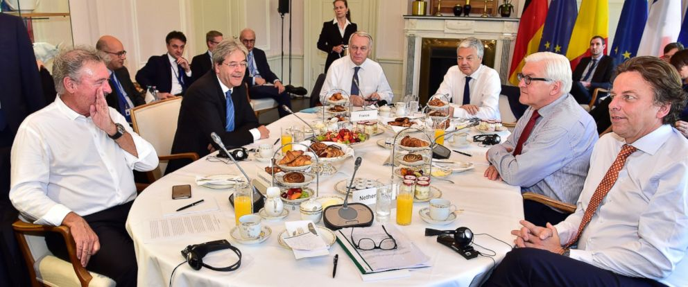 PHOTO: The Foreign Ministers from EU attend talks about the so-called Brexit at the Villa Borsig in Berlin, June 25, 2016.