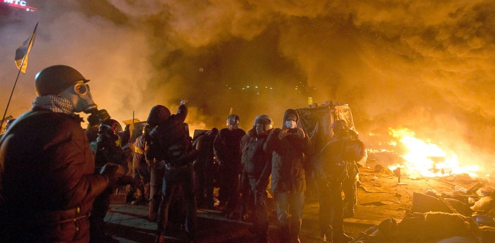 PHOTO: Anti-government protesters clash with riot police in Kievs Independence Square, the epicenter of the countrys current unrest, Kiev, Ukraine, Feb. 18, 2014.