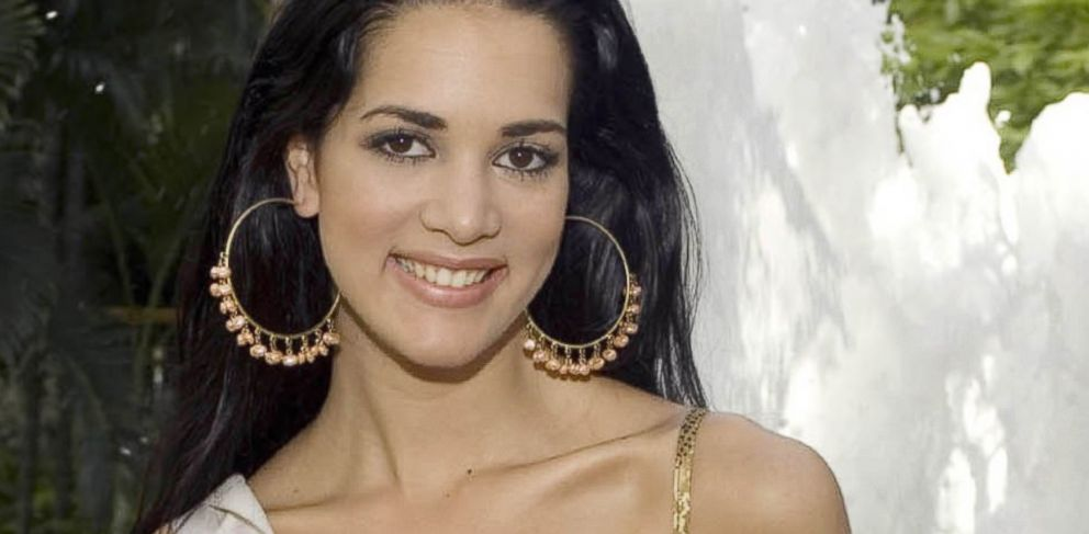 PHOTO: Monica Spear, Miss Venezuela 2005, poses for a portrait ahead of the Miss Universe competition in Bangkok, Thailand, May 23, 2005.