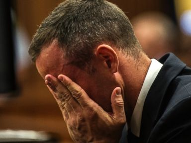 Social Worker Doubts Pistorius Court Outbursts Are an Act