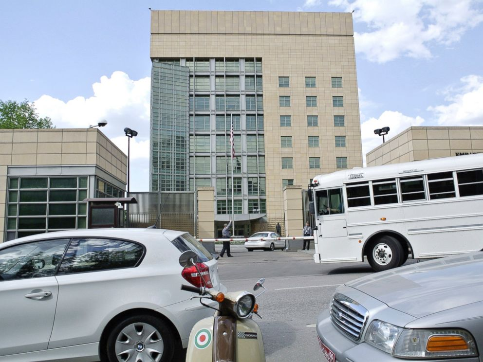 PHOTO: Cars and a bus pass the main building of the U.S. Embassy in downtown Moscow, Russia.