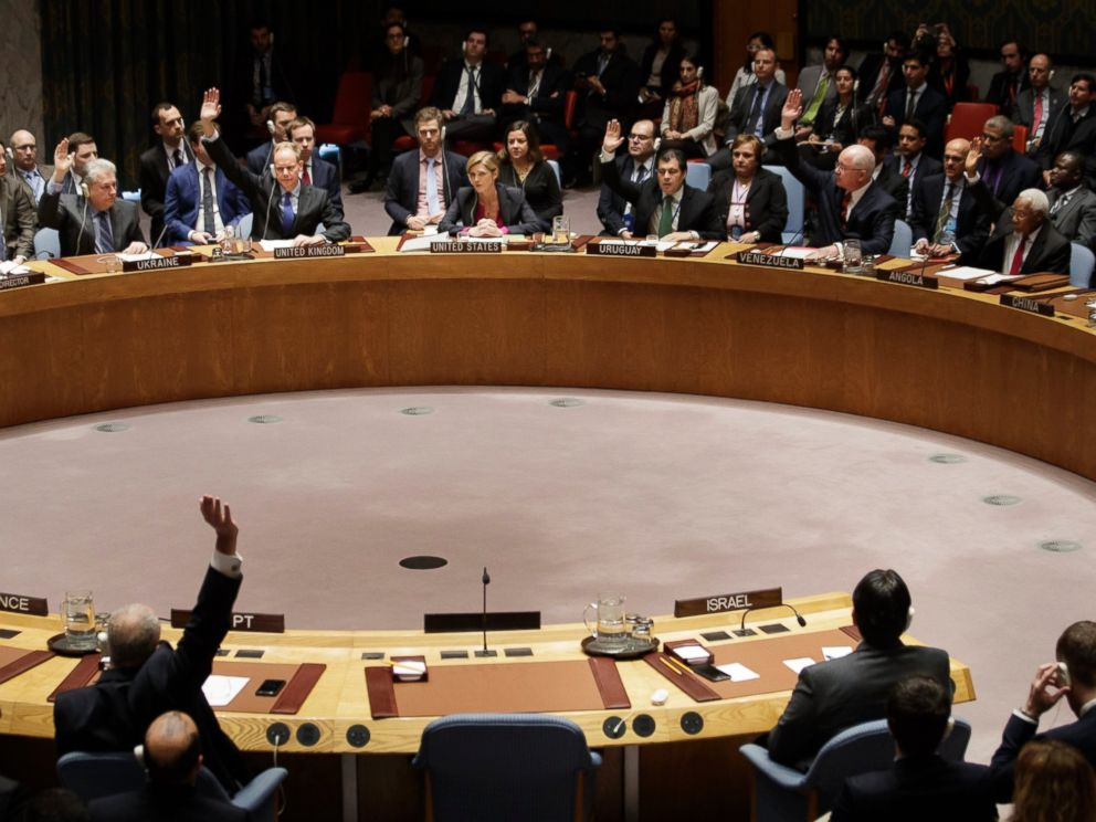 PHOTO: The U.N. Security Council votes to pass a resolution condemning Israeli settlement construction, Dec. 23, 2016, as Samantha Power, center at top, the US Permanent Representative to the United Nations, abstains.