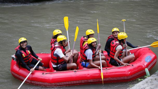 PHOTO: Former president Barack Obama and his family raft at the Ayung River during a family holiday in Bali, Indonesia, June 26, 2017.
