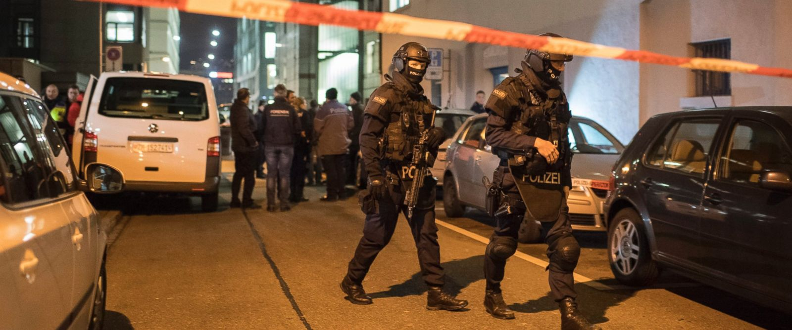 PHOTO: Policemen of a special unit secure the area in front of the Islamic center after a shooting in Zurich, Switzerland, Dec. 19, 2016.