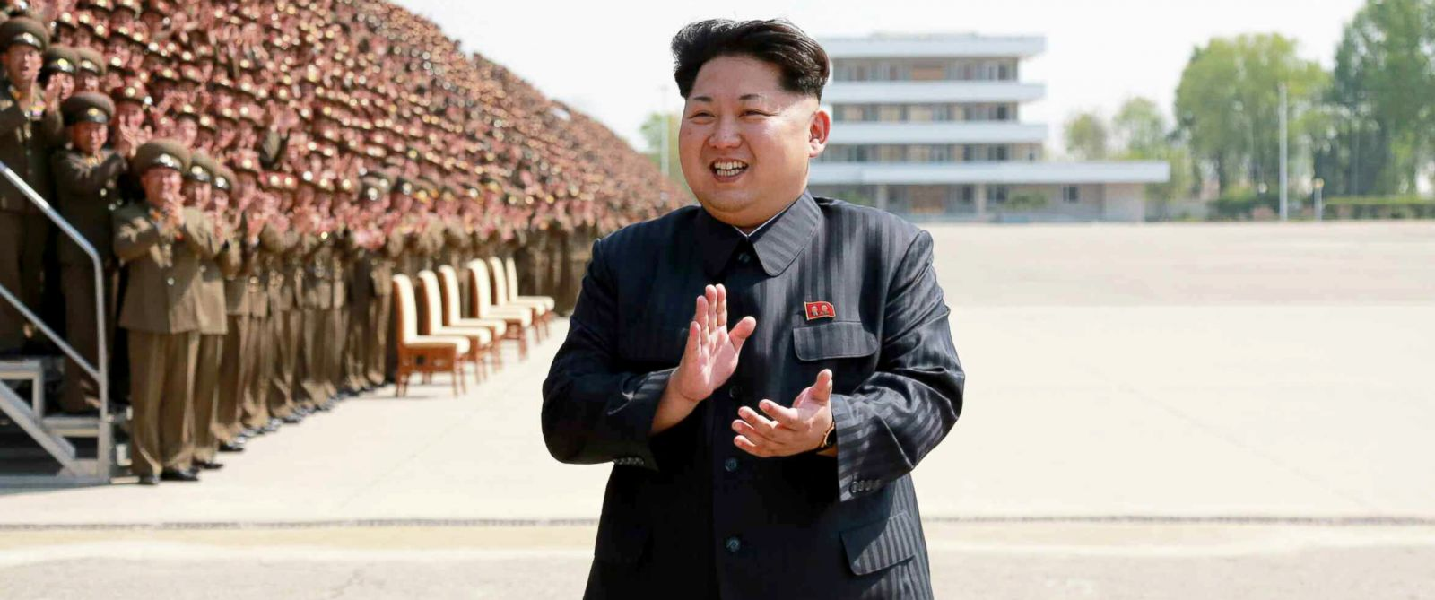 PHOTO: North Korean leader Kim Jong-un applauding during a photo session with a group of training officers of the Korea Peoples Army in Pyongyang, North Korea, May 1, 2015.