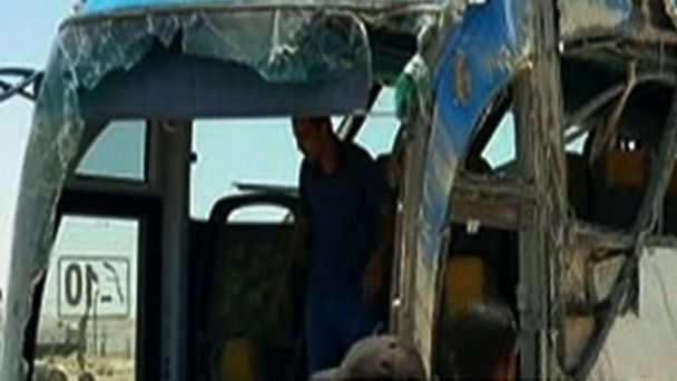 http://a.abcnews.com/images/International/GTY-Egypt-Bus-Attack-MEM-170526_16x9_608.jpg