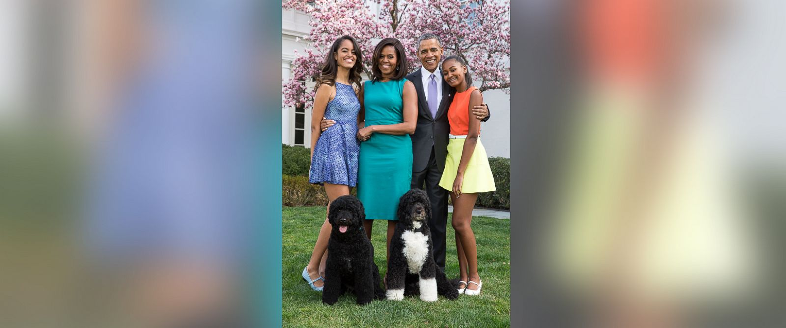 PHOTO: President Barack Obama, First Lady Michelle Obama, and daughters Malia (L) and Sasha (R) pose for a family portrait with their pets Bo and Sunny in the Rose Garden of the White House on Easter Sunday, April 5, 2015, in Washington.