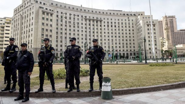 PHOTO: Members of the Egyptian police special forces stand guard on Cairo's landmark Tahrir Square, Jan. 25, 2016.
